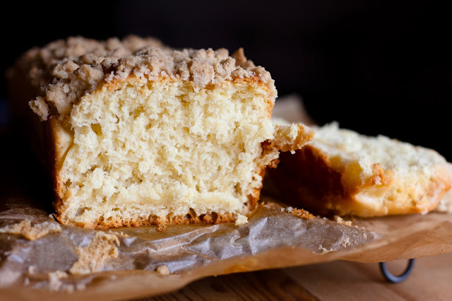 Sweet yeast cake