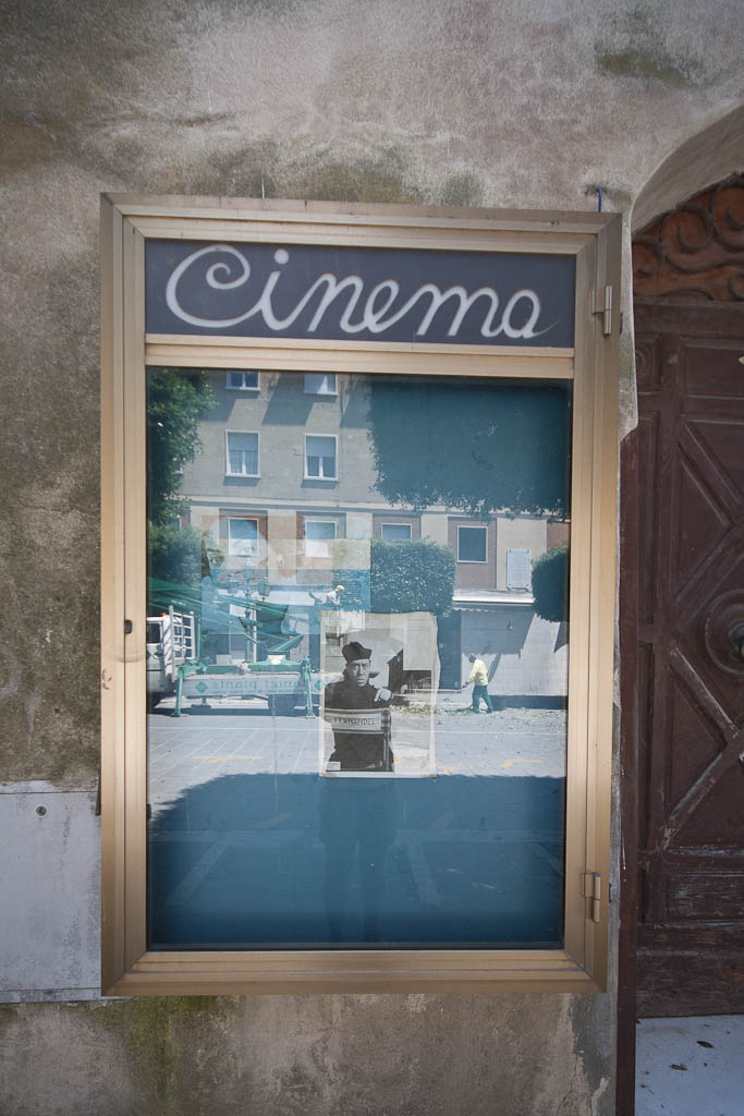 Italian cinema sign