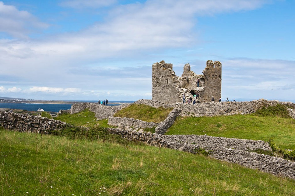 ruins in Inisheer (Arran Islands)