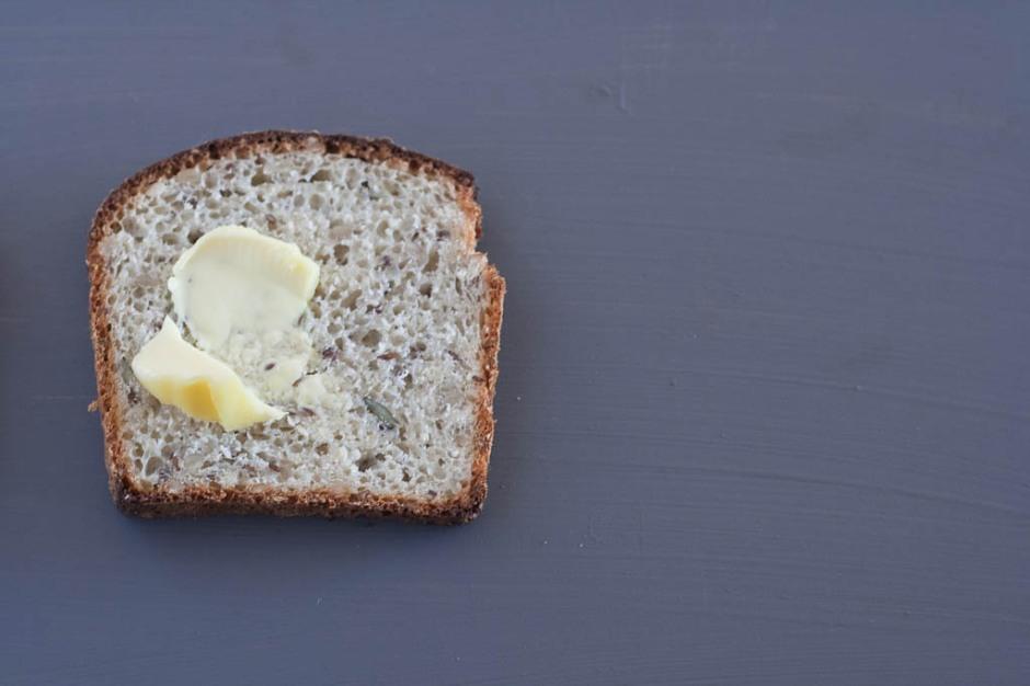 Simple seed loaf