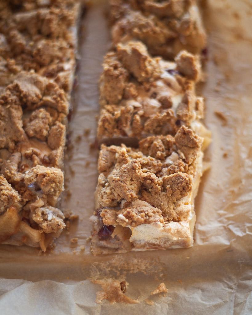 Apple pie with hazelnut crust