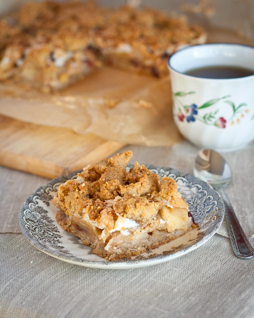hazelnut apple pie-1203