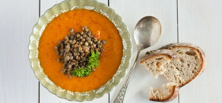 Red coconut curry lentil and sweet potato soup