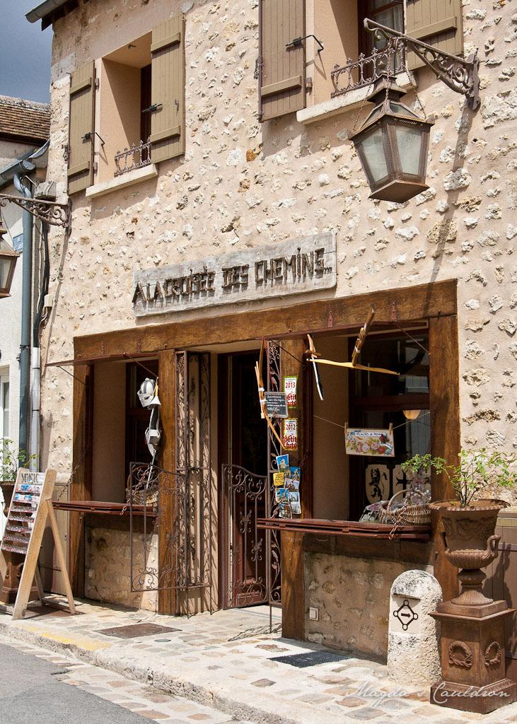 Provins - a shop
