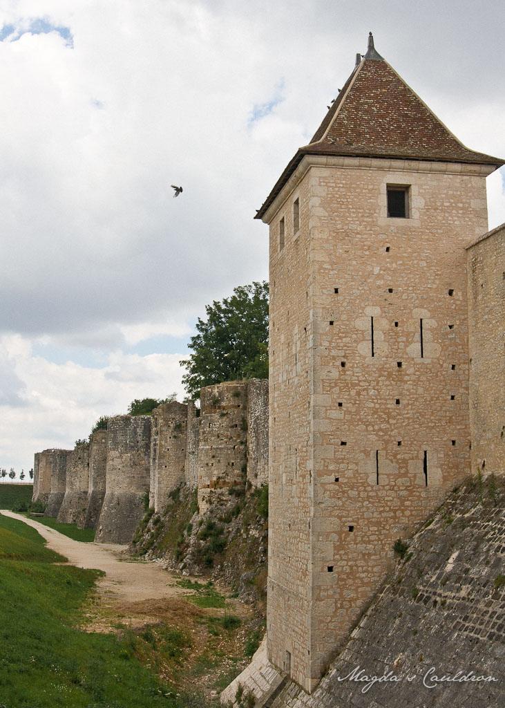 Provins City walls
