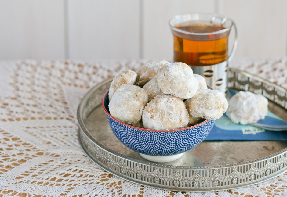 Cardamom and rose water tea cookies