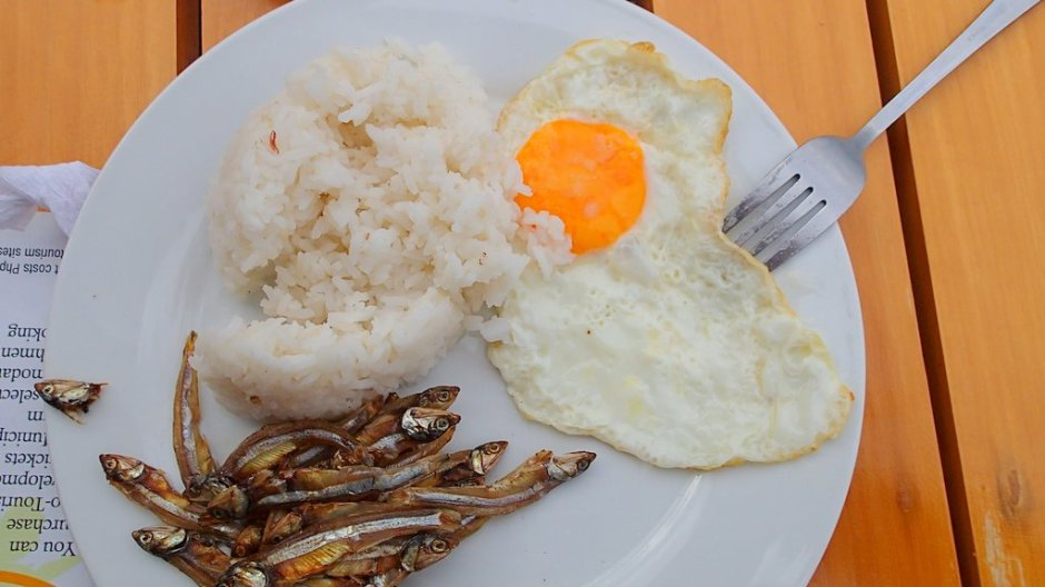 Filipino breakfast - sardines