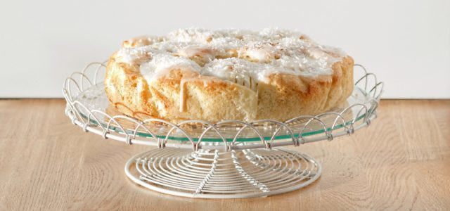 coconut cake with apples