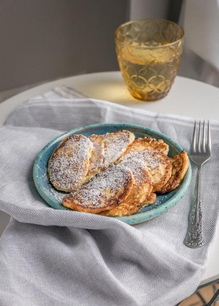Cheesecake pancakes (syrniki/serowe racuchy)
