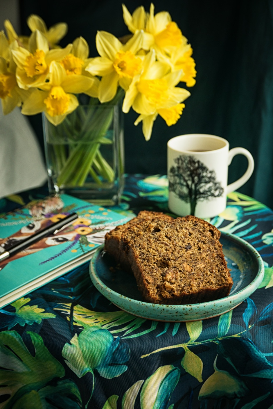 Otolenghi's banana bread with almonds